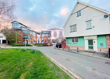 Thumbnail 2 bed flat for sale in Chandlers Quay, Maldon