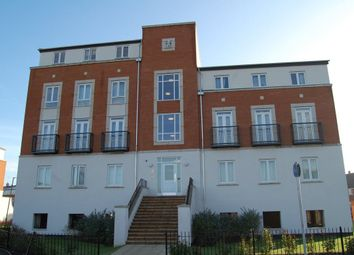 Thumbnail 3 bedroom flat to rent in Dragon Road, Hatfield
