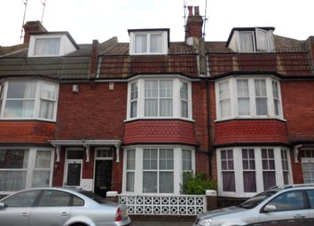 Room to rent in Willowfield Square, Eastbourne BN22