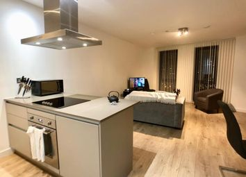 Thumbnail 1 bed flat to rent in 18 Williamsburg Plaza, London