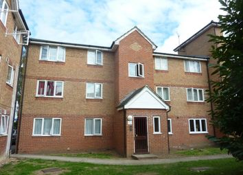 1 bed flat to rent in Express Drive, Goodmayes, Ilford IG3