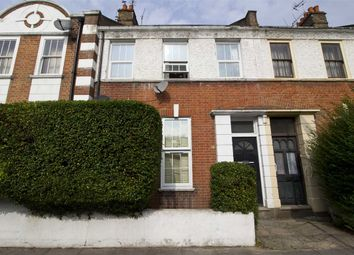 Thumbnail 2 bed flat to rent in Racton Road, London