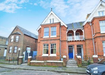 4 bed property for sale in Yelfs Road, Ryde PO33