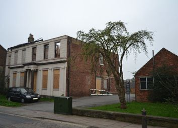Thumbnail 6 bed block of flats for sale in Fleetgate, Barton-Upon-Humber