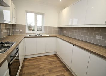 2 bed flat to rent in Cambridge Road, Hitchin SG4