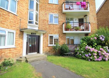 Thumbnail 2 bed flat for sale in Chigwell Road, London