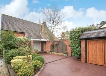 Thumbnail 3 bedroom detached house for sale in Manorside, Barnet