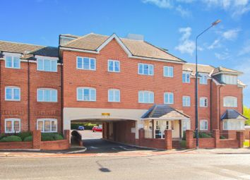 Thumbnail 2 bed flat for sale in Chilton Place, Aylesbury, Buckinghamshire