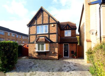Thumbnail 3 bed detached house for sale in Kingfisher Drive, Hemel Hempstead