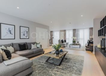 Thumbnail 4 bed town house for sale in Royal Wharf, Compass House Townhouse, London