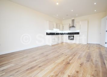 Thumbnail 1 bed flat to rent in Sussex Way, Holloway, Islington, London