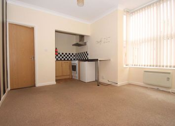 Thumbnail 1 bedroom flat to rent in Wimbledon Park Road, Southsea, Hampshire