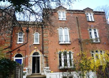 Thumbnail 1 bed flat to rent in Archway Road, Archway/ Highgate