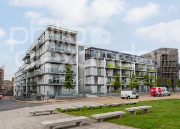 Thumbnail Studio to rent in Emerson Apartments, New River Village, Hornsey