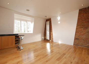 Thumbnail 2 bed flat to rent in Holly Hill, Hampstead