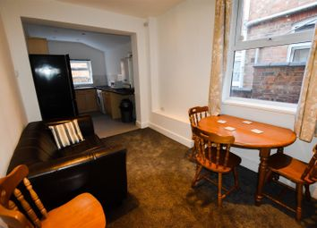 3 bed detached house to rent in Barclay Street, Leicester LE3