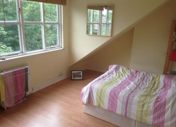 Thumbnail 3 bed duplex to rent in Queens Drive, Finsbury Park