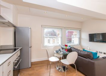 Thumbnail Serviced flat to rent in Park Street, Bristol