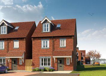 Thumbnail Town house for sale in Upper Bourne End Lane, Hemel Hempstead