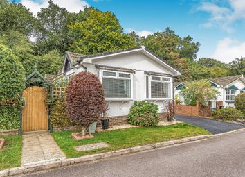 2 bed mobile/park home for sale in Barn Close, Boxhill Road, Tadworth KT20