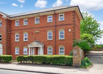 2 bed maisonette for sale in Ashburnham Road, Bedford MK40