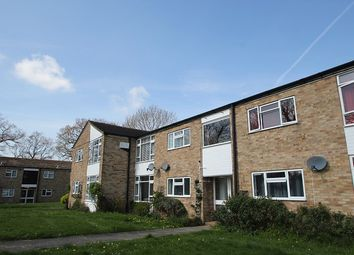 Thumbnail 1 bedroom flat to rent in Edenside Road, Bookham, Leatherhead
