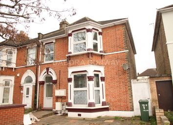Thumbnail 2 bed flat to rent in Kingswood Road, Seven Kings