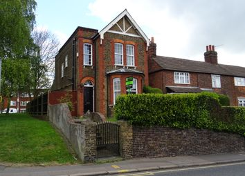 Thumbnail 3 bedroom detached house to rent in Kings Road, Brentwood