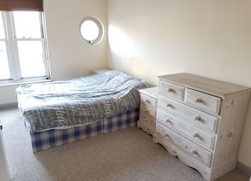 Thumbnail 1 bedroom flat to rent in Leabank Square, London