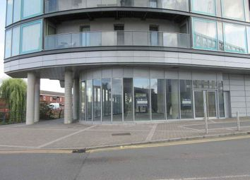 Restaurant/cafe to let in Station Approach, Hayes UB3