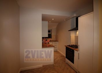 Thumbnail 3 bedroom flat to rent in Brudenell Grove, Leeds, West Yorkshire
