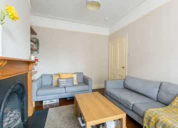 2 bed flat to rent in Brouncker Road, Acton, London W3