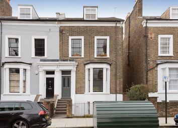 2 bed maisonette for sale in St. Philip's Road, Hackney, London E8