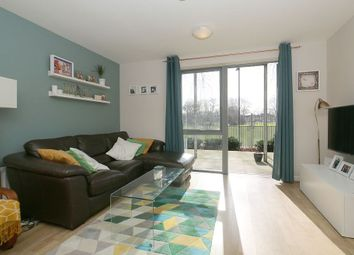 Thumbnail 1 bed flat for sale in Ellington House, 148 Southwold Road, London, London