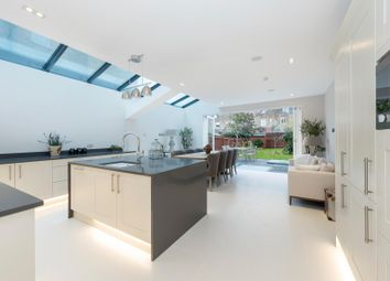Thumbnail 6 bed terraced house for sale in Lysia Street, Fulham