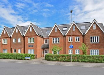 Thumbnail 2 bed flat to rent in Ifield Road, Crawley