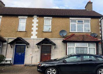 Thumbnail 2 bedroom flat to rent in Eton Avenue, Wembley