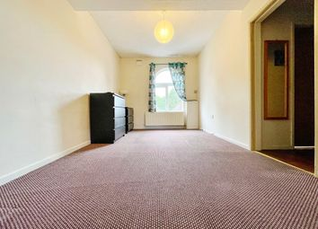 Thumbnail 2 bed flat to rent in Weoley Avenue, Birmingham, West Midlands