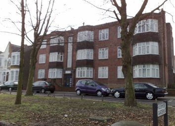 Thumbnail 3 bed flat to rent in Bounds Green Road, London
