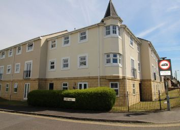 Thumbnail 2 bed flat to rent in Queens Square, Chippenham