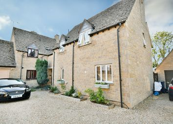Mount Pleasant, Lechlade GL7. 3 bed semi-detached house