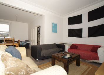 Thumbnail 4 bed triplex to rent in Lavender Hill, Clapham