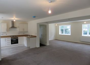Thumbnail 2 bed flat to rent in Weelsby Road, Grimsby