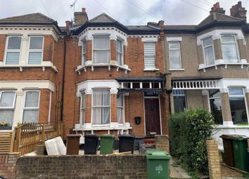 4 bed terraced house to rent in Colworth Road, Leytonstone, London E11
