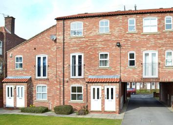 2 bed flat to rent in Alne Terrace, York YO10
