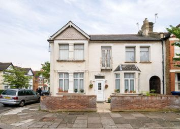 Thumbnail 2 bed flat for sale in Kingsley Avenue, Ealing, London