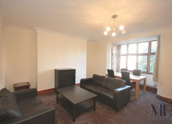 Thumbnail 3 bed flat to rent in Wendover Court, Finchley Road, Childs Hill