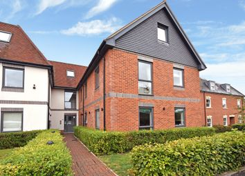 Thumbnail 2 bed flat for sale in Rockingham Road, Newbury
