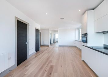 Thumbnail 1 bed flat to rent in Finchley High Road, North Finchley