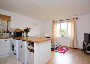 Thumbnail 1 bed flat to rent in Rothschild Road, Acton Green